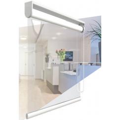 Store à enrouleur avec film PVC transparent pour la protection