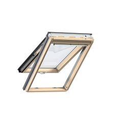 Fenêtre de toit à projection en bois 134 cm x 140 cm Bois de pin verni transparent Profilés extérieurs en zinc-titane Vitrage triple Thermo 2 Plus la fenêtre de toit pour la Suisse